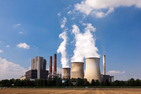 Cooling towers of a nuclear power station Imagens