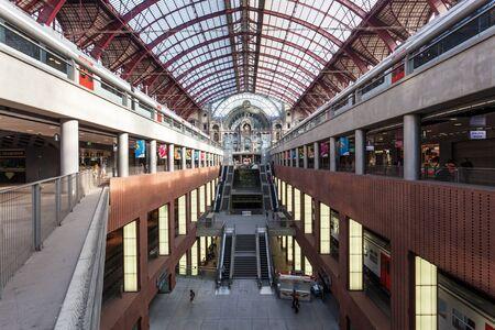 antwerp: ANTWERP, BELGIUM - AUG 23: Interior of the Main Railway Station in the city of Antwerp. August 23, 2015 in Antwerp, Belgium Editorial