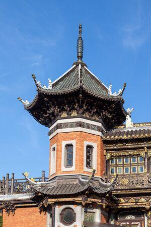 lejano oriente: BRUSELAS, B�LGICA - 22 de agosto: Detalle del pabell�n chino en el Museo del Lejano Oriente en Bruselas. 22 de agosto 2015 en Bruselas, B�lgica