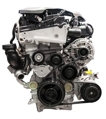 alternateur: moteur de voiture à quatre cylindres isolé sur fond blanc
