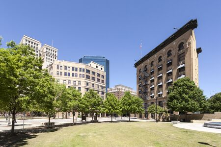 worth: Art Deco buildings downtown in the city of Fort Worth, Texas, USA