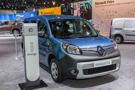 ze: Hannover, Germany - Sep 23, 2016: Renault Kangoo Z.E. electric van at the IAA 2016 Commercial Vehicles Trade in Hannover, Germany