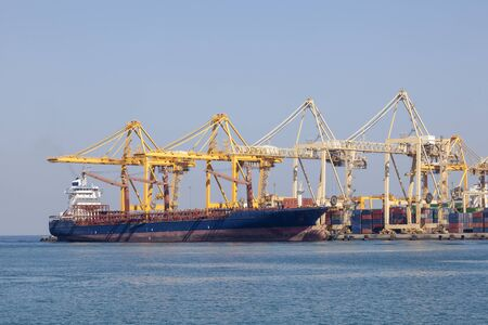 united arab emirate: Industrial port in Khor Fakkan. Emirate of Sharjah, United Arab Emirates