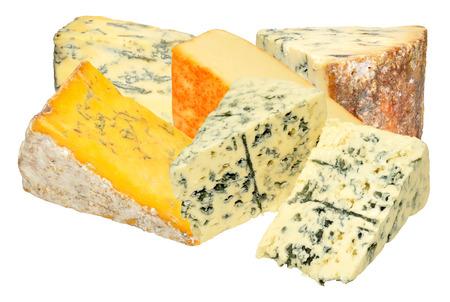 ブルーを含む伝統的なチーズのグループ縞模様のある、白い背景で隔離のチーズの燻製 写真素材