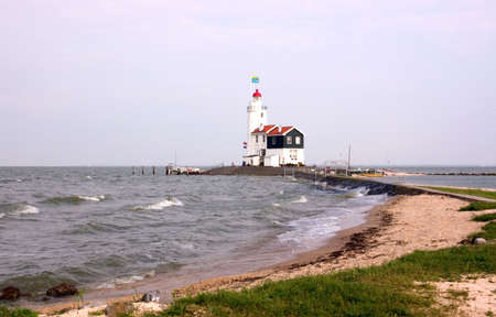 traditionally dutch: The Shore Line