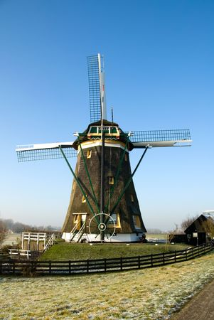 traditionally dutch: A typical Dutch windmill, near Den Haag, the Netherlands