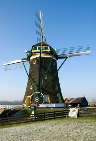 A traditional Dutch windmill at Leidschendam, the Netherlands Stock Photo - 5193169