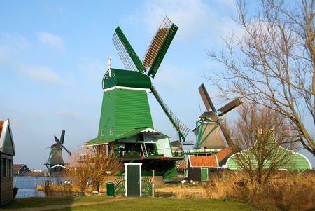 Traditional dutch windmills in the quaint village of Zaanse Schans, the Netherlands Stock Photo - 5362171
