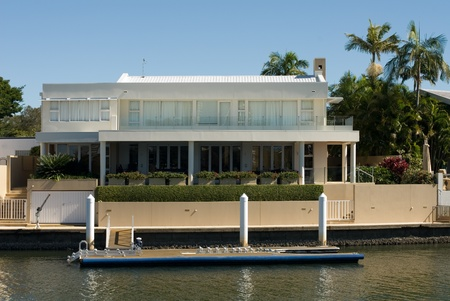 A luxury home on a waterway, Surfers Paradise, Queensland, Australia Stock Photo - 11025659