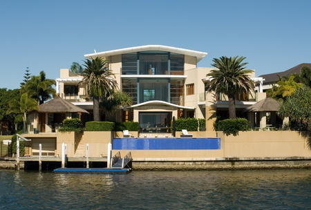 A luxury home on a waterway, Surfers Paradise, Queensland, Australia Stock Photo - 11025662