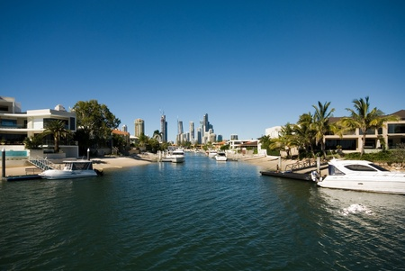 Luxury homes on a waterway, Surfers Paradise, Queensland, Australia Stock Photo - 11026505