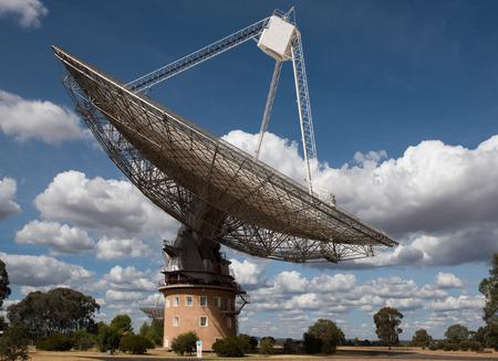 radio telescope: A Radio Telescope, near Parkes, in New South Wales, Australia Stock Photo