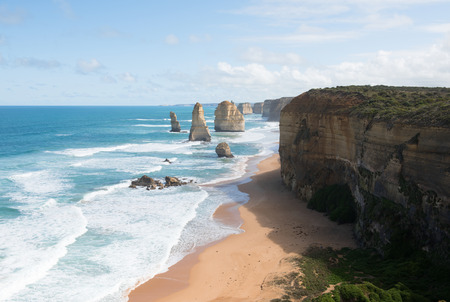 adjacent: The Twelve Apostles, adjacent to the Great Ocean Road, Port Campbell National Park, Victoria, Australia Stock Photo