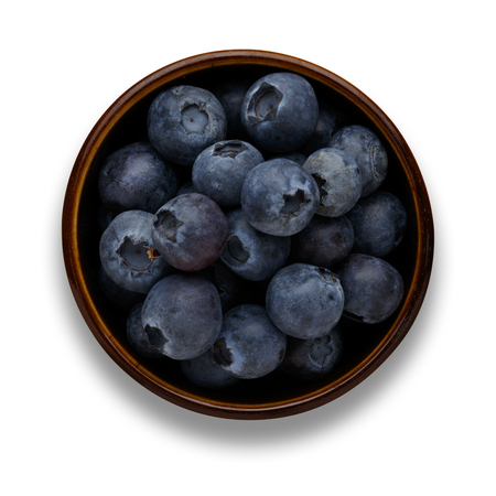 blueberries in a bowl isolated on white with a drop shadow 版權商用圖片