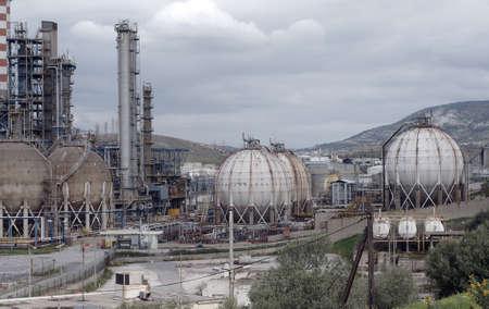 l p g: Vista la refiner�a de petr�leo, dep�sitos de GLP