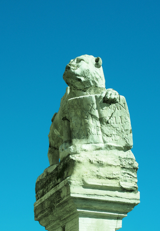 winged lion: Estatua de Venecia de León veneciano San Marcos Foto de archivo