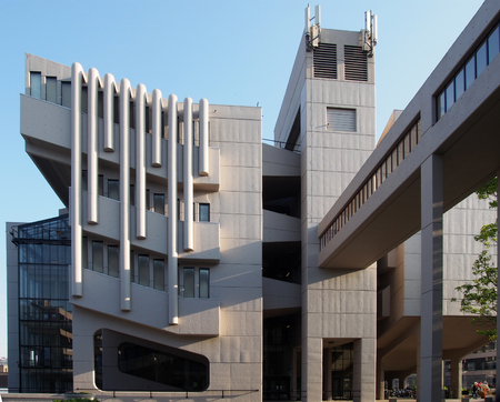 leeds, west yorkshire, united kingdom - 13 may 2019: the facade and footbridge of the roger stevens building at the university of leeds a brutalist concrete building by chamberlain powell and bon 1970