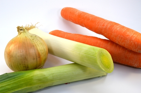 epicure: Vegetables for a fire pot, onions, carrots and leeks