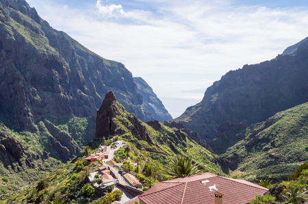 View of the mountains and the village of Masca in the northwest of 'island of Tenerife in SPAIN 免版税图像