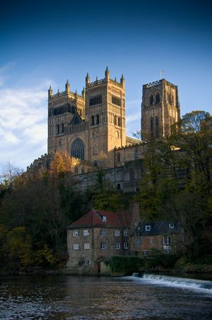 durham: Durham Cathedral sits looking over the river wear