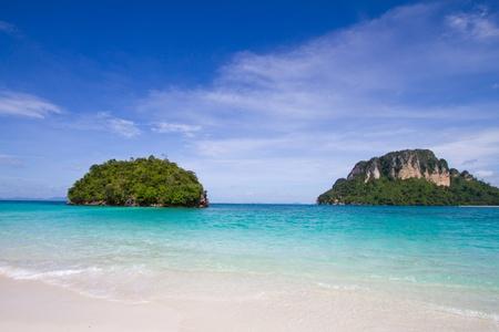 ฺBlue sea island Stock Photo - 8433907