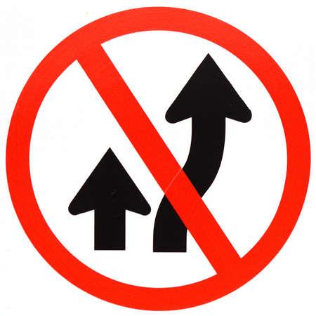 overtaken: Do not overtaken traffic sign