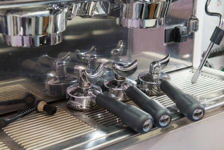 bottomless: bottomless portafilter put on espresso machine Stock Photo