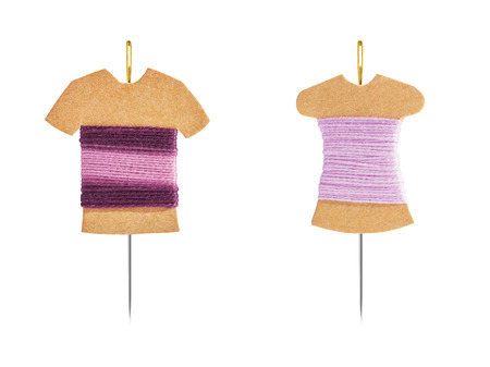 bobbin: DIY Kraft card bobbin with needle - Mannequin with shirt and dress concept