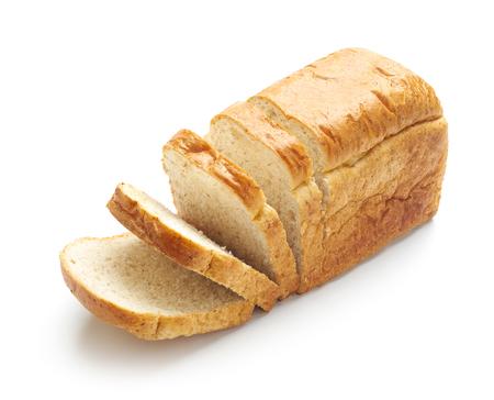 Rebanadas de pan aislado en un blanco