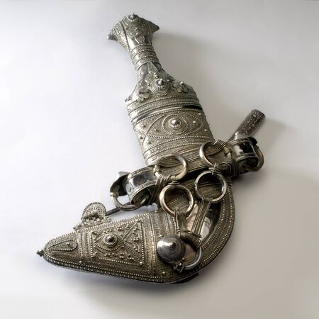 middle east fighting: Traditional silver kanjar from Oman (Omani Kanjar)