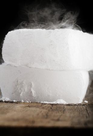 dry ice Фото со стока