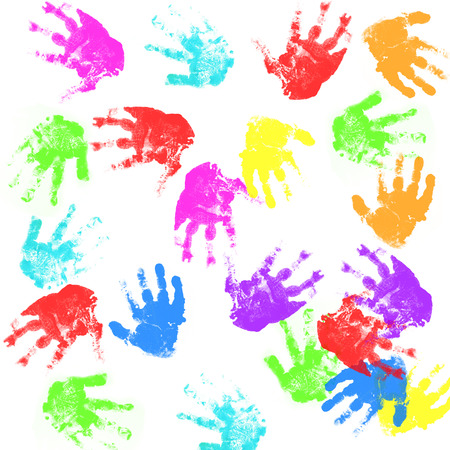 manos sucias: Impresiones de la mano del niño