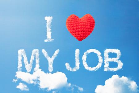 """""""Ik hou van mijn werk"""" een wolk woord en wol hart op hemel Stockfoto"""