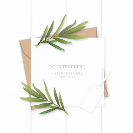 Płaski świeckich widok z góry elegancki biały skład list papier pakowy koperta natura liść estragonu i tag na drewniane tła.