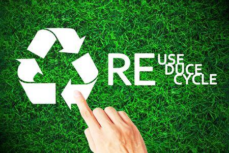 La ecología de reciclar, reutilizar y reducir Foto de archivo - 9729240