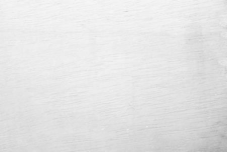 Contreplaqué blanc texturé fond en bois ou surface en bois de l'ancien à la texture du mur à grain foncé grunge de la vue de dessus du panneau. Planche de surface en teck vintage au bureau avec espace de copie naturel à motif lumineux. Banque d'images