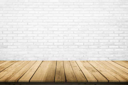 Empty wooden table top on white brick wall background, Design wood terrace white. Perspective for show space for your copy and branding. Can be used as product display montage. Vintage style concept. Banque d'images - 151149789