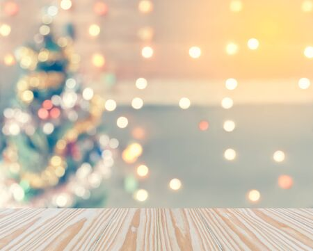 Funkeln Bokeh Weihnachtsbaum, verspotten Template für die Anzeige von Ihrem Produkt für Weihnachten Hintergrund, Jahrgang Tonen Standard-Bild - 48269010