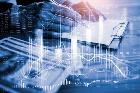 Grafico commerciale del mercato azionario o forex e grafico a candele adatto per il concetto di investimento finanziario. Sfondo di tendenze di economia per l'idea di business e tutta la progettazione di opere d'arte. Fondo astratto di finanza.