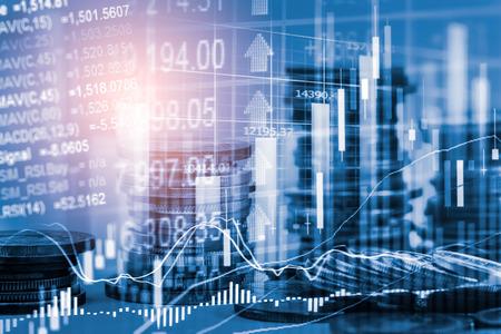 Mercado de valores o gráfico de comercio de divisas y gráfico de velas adecuado para el concepto de inversión financiera. Antecedentes de las tendencias económicas para la idea de negocio y el diseño de todas las obras de arte. Fondo abstracto de finanzas. Foto de archivo