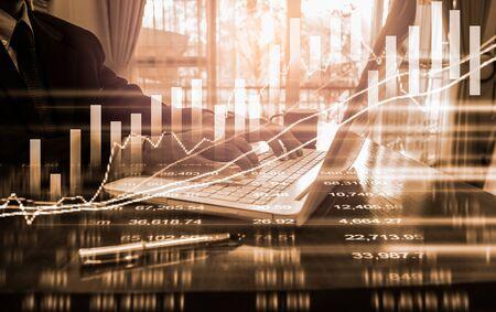 Wykres giełdowy lub wykres handlu forex i wykres świecowy odpowiedni dla koncepcji inwestycji finansowych. Trendy ekonomiczne tło dla pomysłu na biznes i wszystkich prac plastycznych. Streszczenie tło finansów.
