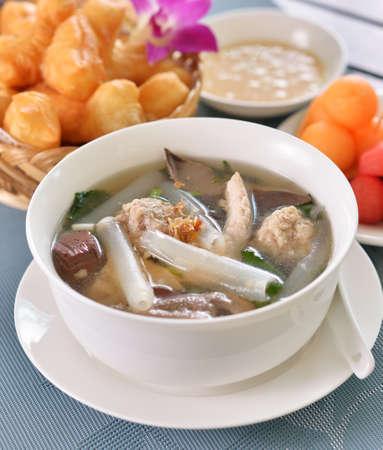 Pork soup in a white dish Standard-Bild - 163359740