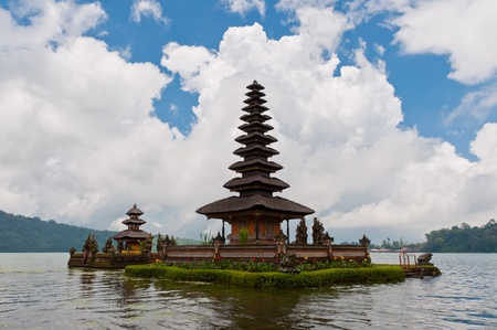 Beautiful temple on lake in extinct volcano crater, Pura Ulun Danu Bratan, Bali Stock Photo - 13066902