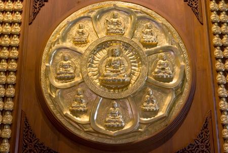 godhead: Golden Buddha, Chinese style