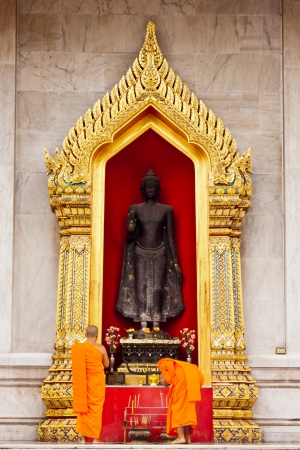 Buddha statue at Wat Benchamaborphit in thailand Stock Photo - 14833348