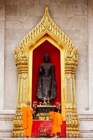 Buddha statue at Wat Benchamaborphit in thailand Stock Photo - 14833348