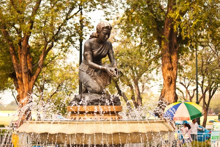 Statues and fountains in the park photo