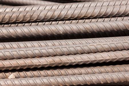 strenghten: the line iron