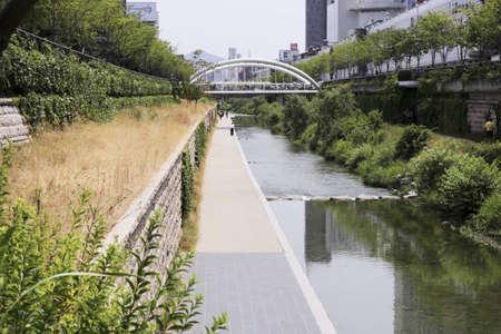 Three ways of Cheonggyecheon