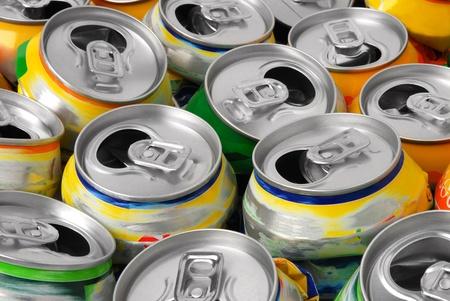 aluminium background: Empty cans
